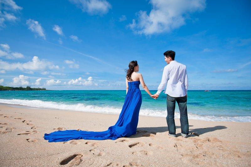 海边拍的礼服颜色选择(除白纱外)