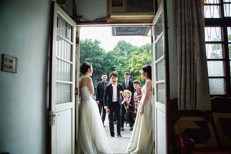 如電影般,以快門紀錄婚禮每一瞬
