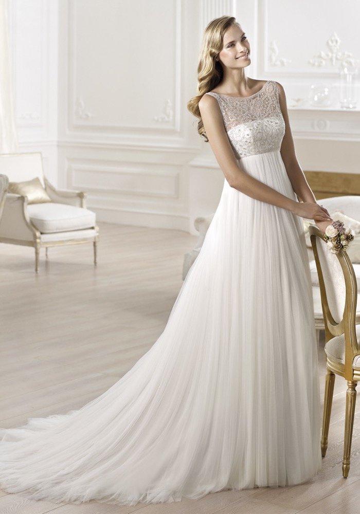 Pronovias-2014-Empire-waist-wedding-dress-with-gemstone-embellished-bodice-boat-neck-hong-kong-01