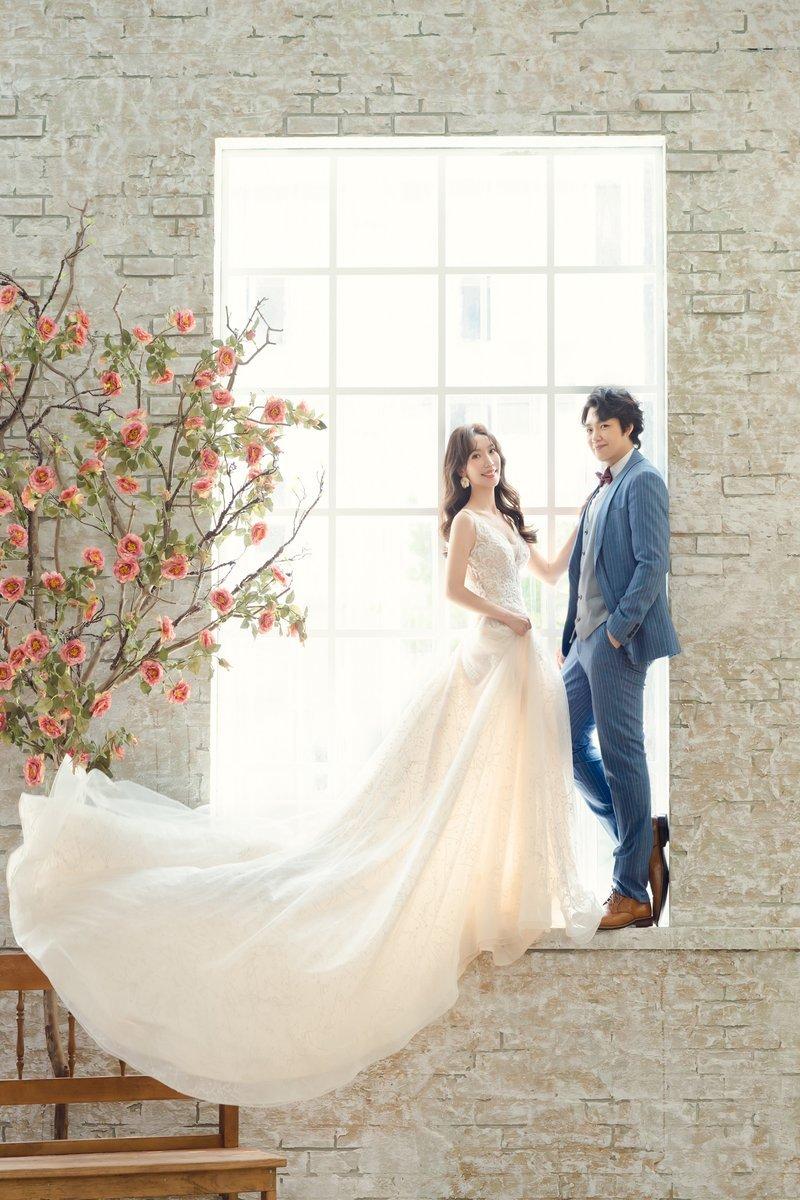 挑婚紗 比堤婚紗 推薦新人:石磊&景涵 影相視務所 窗景